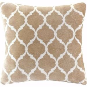 Home Essence Ogee Square Pillow